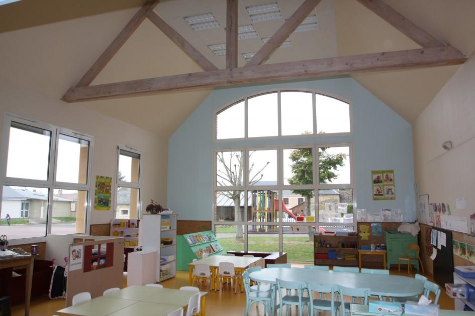 Des lieux de vie à part entière où chaque adulte fait vivre un projet éducatif orienté vers les valeurs d'accueil, d'accompagnement et d'aide à l'épanouissement de l'enfant.